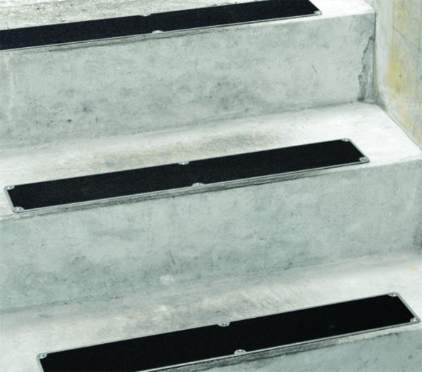 Antirutschbelag / Stufenprofile aus Edelstahl für industrielle Anwendung