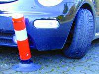 Befestigungsbolzen: Parkplatzbegrenzungen und Leitzylinder