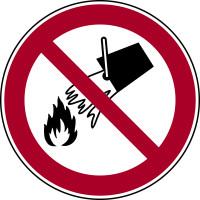 Verbotsschild, Mit Wasser löschen verboten P011 - ASR A1.3 (DIN EN ISO 7010)