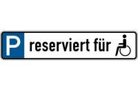 Parkplatzkennzeichen, P-reserviert für (Symbol Rollstuhlfahrer), 113x523mm, Alu geprägt