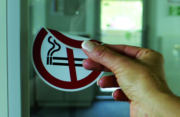 Verbotszeichen, Rauchen verboten doppelseitig - ASR A1.3 (DIN EN ISO 7010)