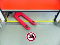 Antirutschbelag / Verbotszeichen, Verbot für Flurförderzeuge, 300 mm, R11 - ISO 7010